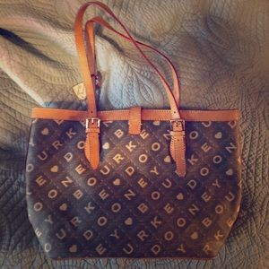 Large Dooney and Bourke Purse
